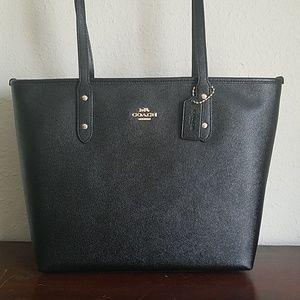 Coach City Zip Tote Black Crossgrain Leather